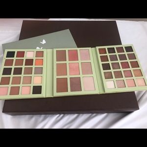 Like new Pixi Eye and Blush Pallet